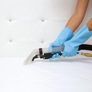 Limpeza a seco de colchão e camas box